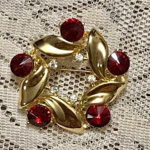 Vintage gold and ruby pendant.